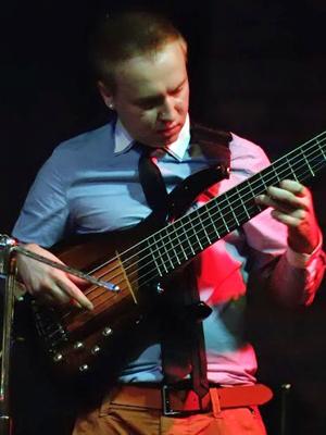 MJF2014-participant-Evgenijj-Kustov-bass-Ukraina_300x400