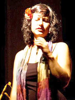 MJF2014-participant-Nadia-Basurto-vocals-Holland_300x400_2