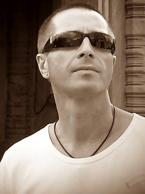 MJF2014-participant-Yyuriy-Pyankof-vocals-Australia_300x400