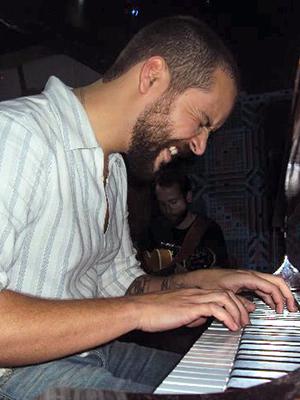 MJF2014-participant-alex-correa-piano-netherlands_300x400