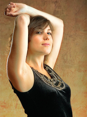 MJF2014-participant-alexandra-chesskaya-vocals-rossija_300x400