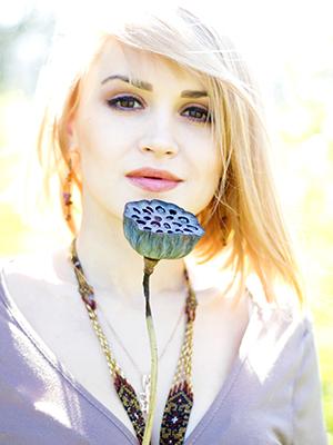 MJF2014-participant-anastasiya--andreyeva-vocals-ukraine_300x400