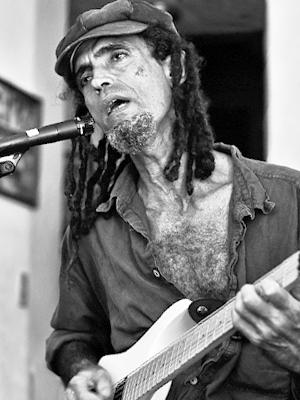 MJF2014-participant-antonio-vicioso-guitar-dominican-republic_300x400