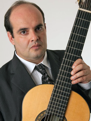 MJF2014-participant-arnaldo-augusto-freire-junior-guitar-brazilija_300x400