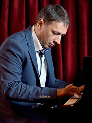 MJF2014-participant-artyom-lalayan-piano-russia_300x400
