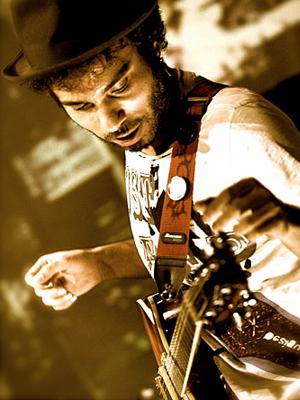 MJF2014-participant-bilal-karaman-guitar-turkey_300x400