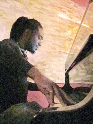 MJF2014-participant-dapo-dina-piano-nigeriatheusa_300x400