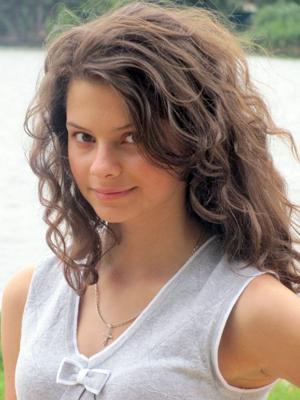 MJF2014-participant-ekaterina-kravchenko-vocals-ukraina_300x400