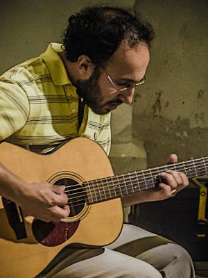 MJF2014-participant-filippo-cosentino-guitar-italy_300x400