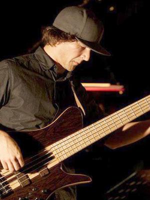 MJF2014-participant-florian-muralter-bass-austria_300x400