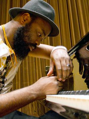 MJF2014-participant-nduduzo-makhathini-piano-southafrica_300x400