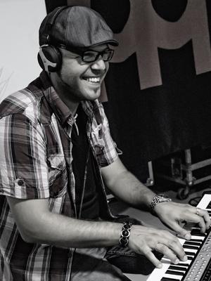 MJF2014-participant-oscar-carreras-molina-piano-espana_300x400