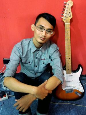MJF2014-participant-rahmad-matt-guitar-indonesia_300x400