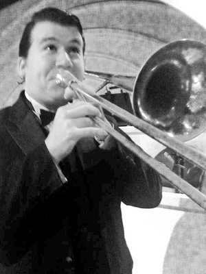 MJF2014-participant-robert-acree-trombone-united-states-of-america_300x400