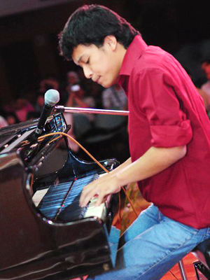 MJF2014-participant-yakub-saputra-piano-usa_300x400