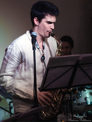 mjf2014-participant-alexey-leon-reyes-saxophone-russia_300x400